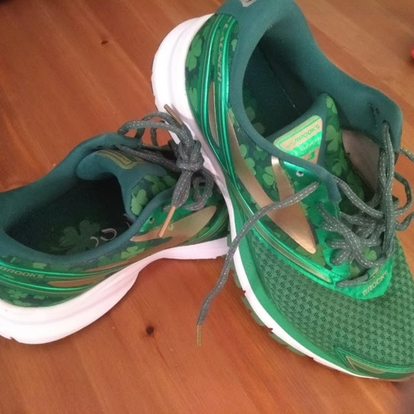 6a9c9eff3a00c Brooks Shoes - Brooks Launch 4 LE Shamrock - Womens size 9